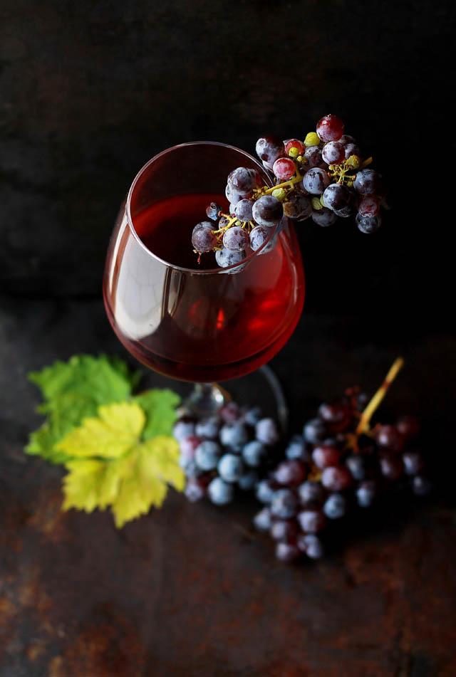 Rotwein enthält wertvolle Polyphenole