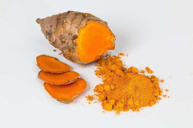 Auch Curcumin aus Curcuma soll gegen Krebs nützlich sein