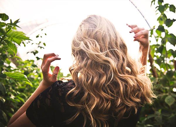 Polyphenole für die Haargesundheit
